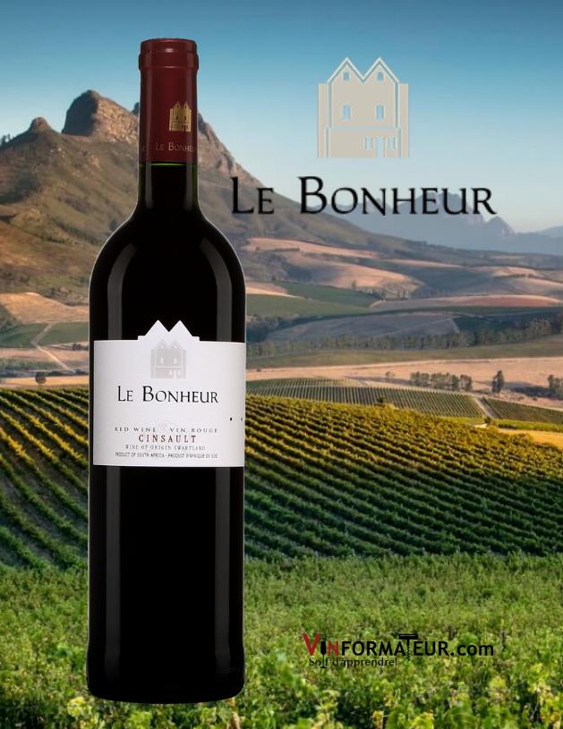 Bouteille de Le Bonheur, Cinsault, Afrique du Sud, Swartland, 2019 avec vignoble en arrière-plan
