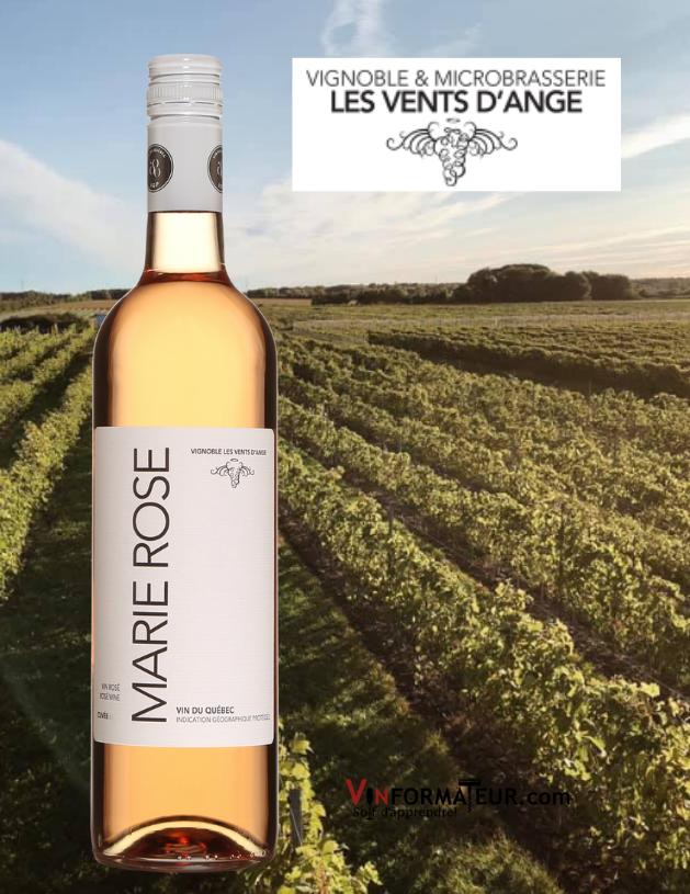 Bouteille de Marie-Rose, vin rosé, Vignoble Les Vents d'Ange, Origine Québec, Saint-Joseph-du-Lac, 2020 avec vignoble en arrière-plan