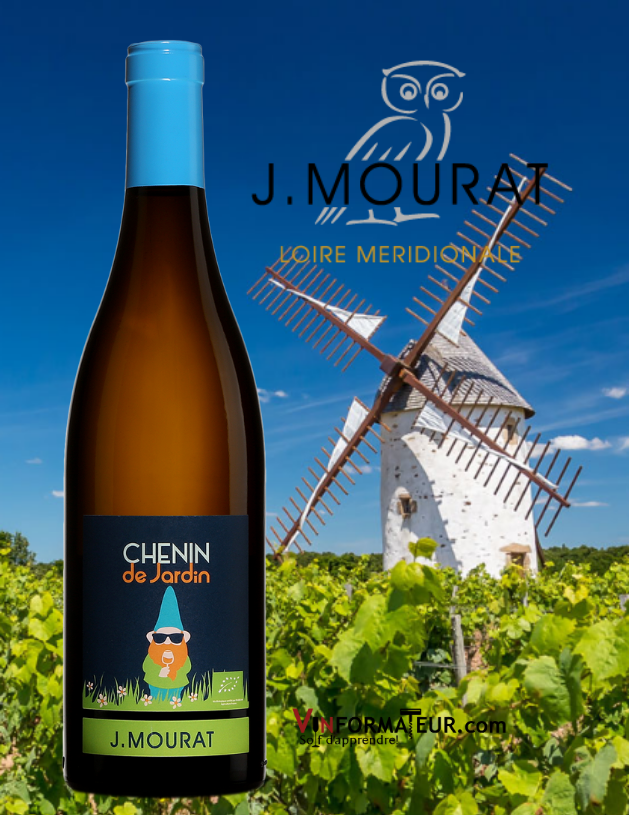 Bouteille de Chenin de Jardin, Val de Loire, Vignobles Mourat, vin blanc bio, 2020 avec moulin à vent en arrière-plan
