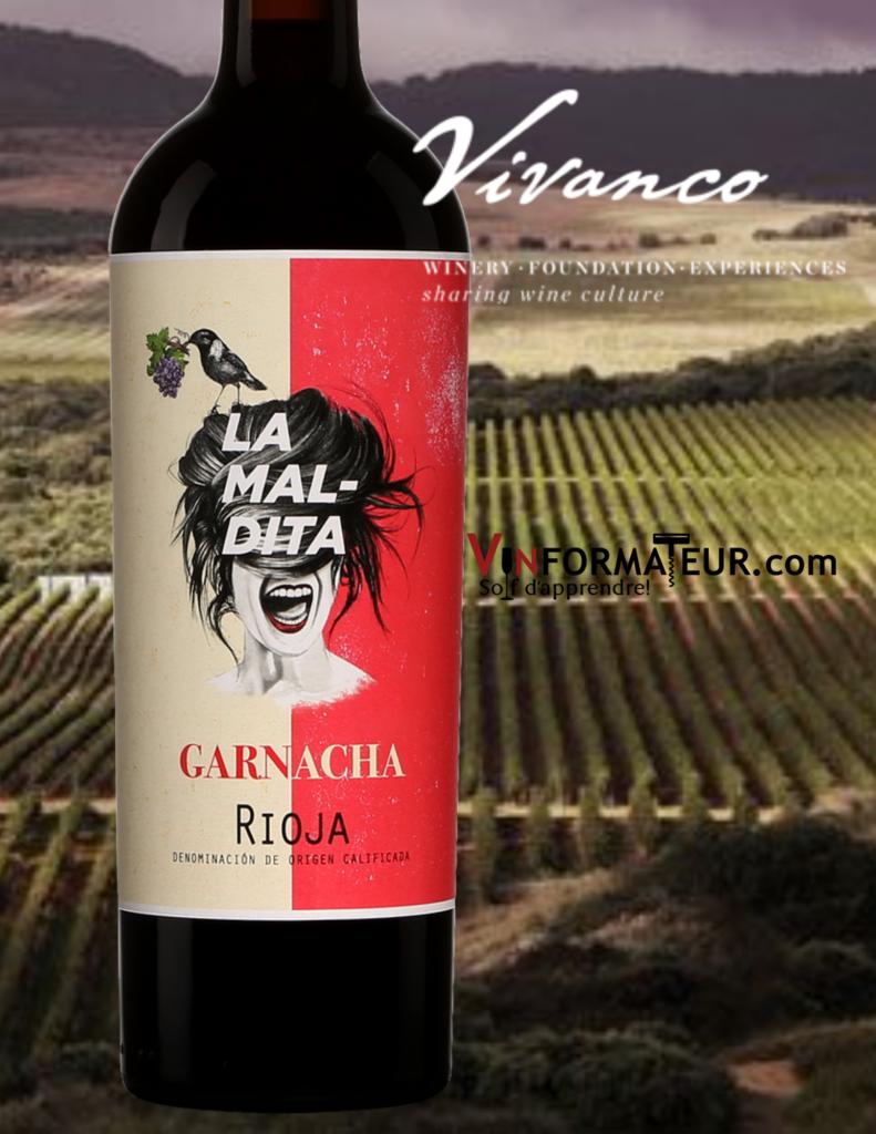 Bouteille de La Maldita, Garnacha, Espagne, La Rioja, 2019 avec vignoble en arrière-plan
