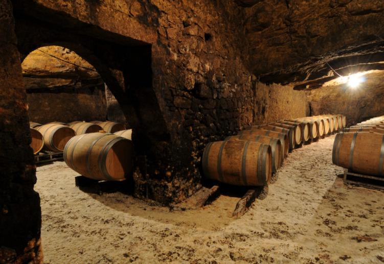 Chai Vignobles Dulon grottes souterraines