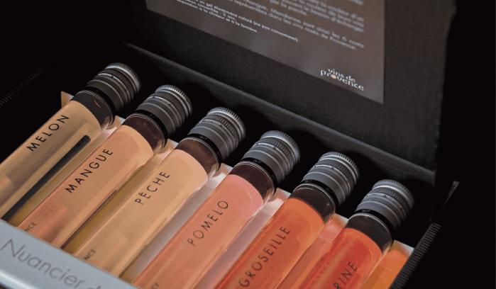 Éventail des couleurs de vins rosés de Provence