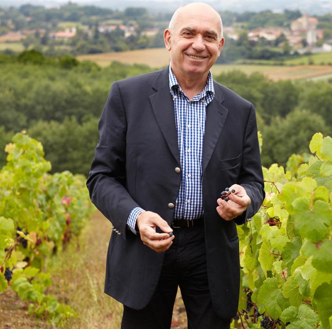 Alain Brumont dans ses vignobles