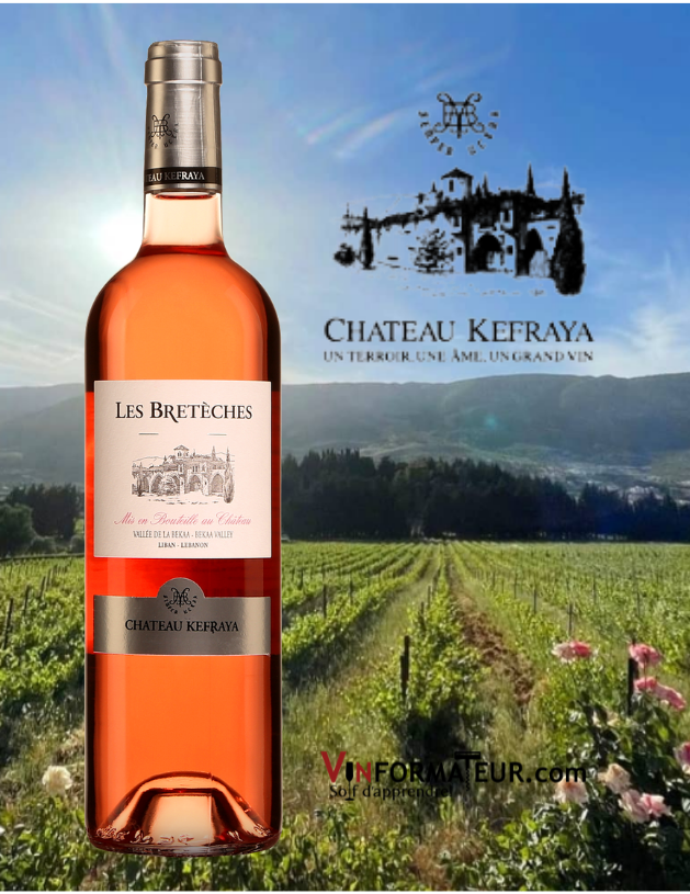 BOuteille de Les Brétèches, vin rosé, Château Kefraya, Liban, Vallée de la Bekaa, 2020 avec vignoble en arrière-plan