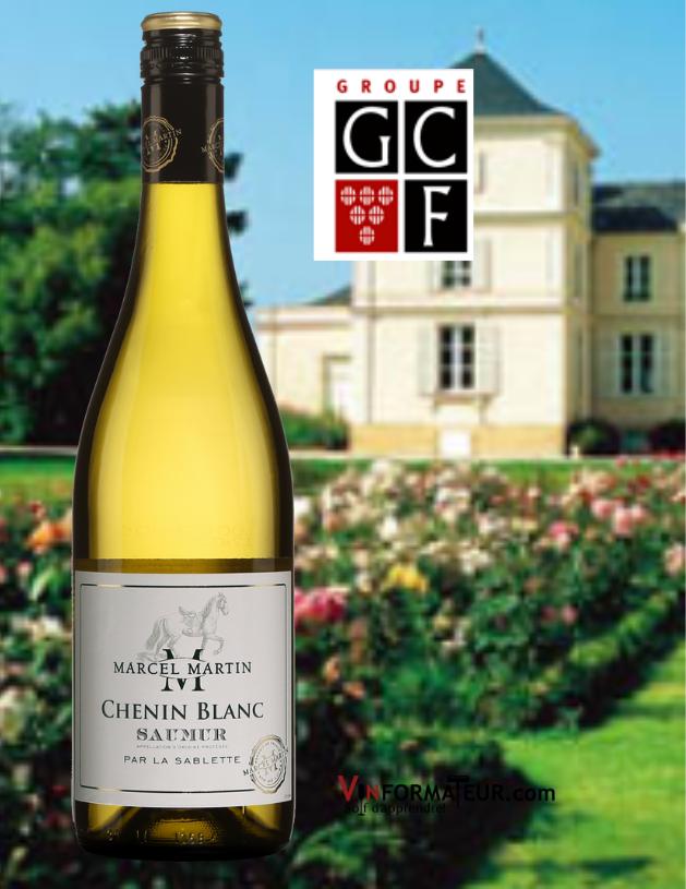 Bouteille de Chenin blanc, France, Val de Loire, Saumur, Marcel Martin, La Sablette, 2020 avec vignoble et chai