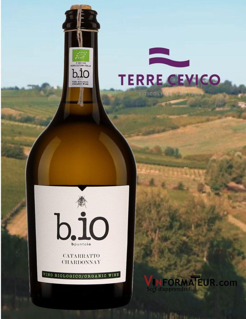 Bouteille de Bi.o (bpuntoio), Terre Siciliane IGP, Catarratto, Chardonnay, Sicile, vin blanc bio, Terre Cevico, 2020 avec vignobles